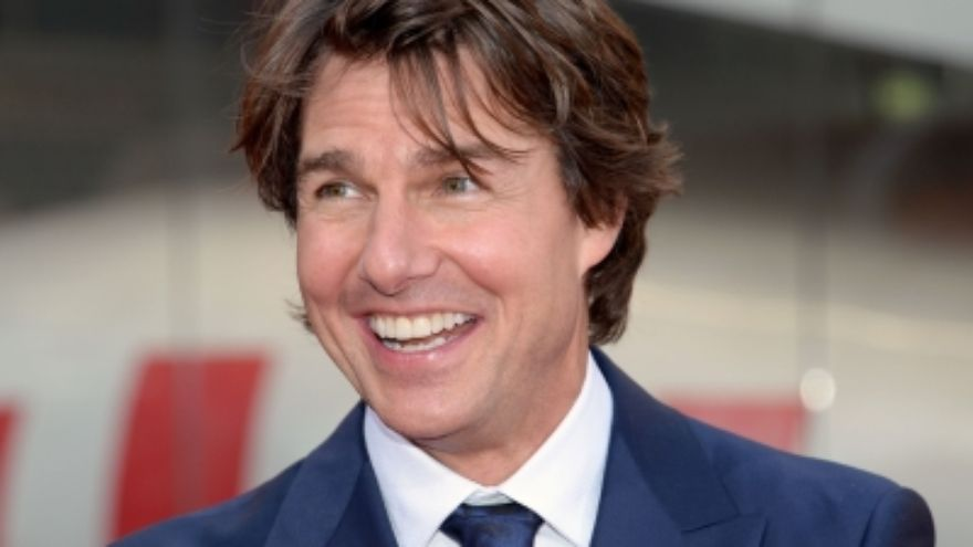 Tom Cruise Tuesday – Picture Day!