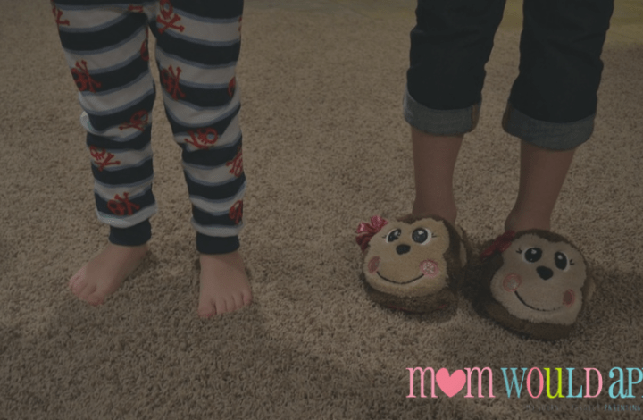 How to Effectively Manage Sibling Bedtimes (When There Are Age Gaps)