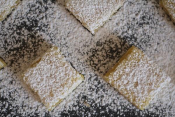barras de limón meyer con corteza de sal y pimienta5