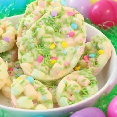 Easy Easter Marshmallow Bark - Butter With A Side of Bread