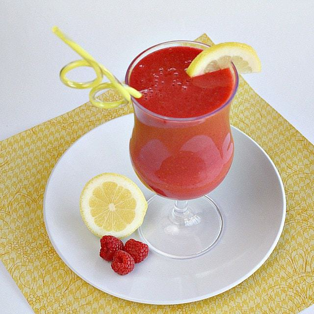 Butter With a Side of Bread: Lemon Raspberry Smoothies