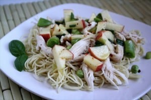 ASIAN CHICKEN & NOODLE SALAD