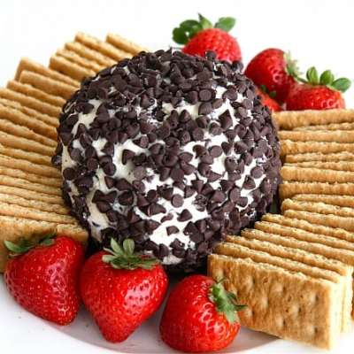 CHEESECAKE CHEESE BALL