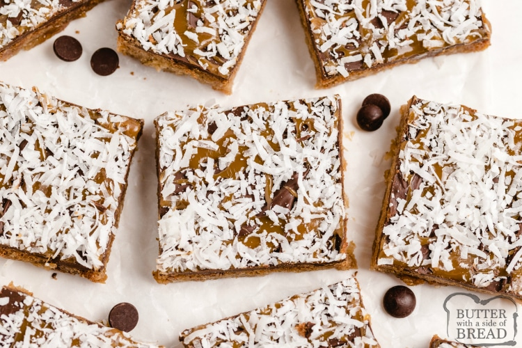 Cookie bars that taste like girl scout Samoa cookies