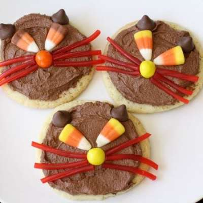 SCAREDY CAT COOKIES