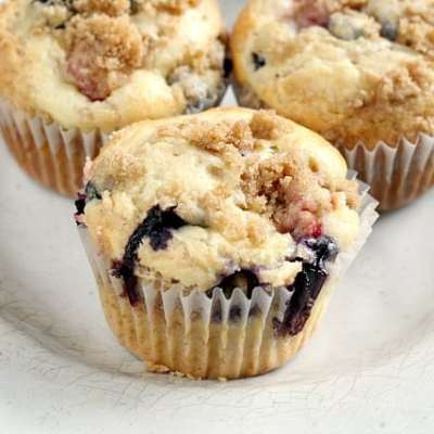 DOUBLE BERRY CHEESECAKE MUFFINS