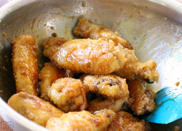 adding glaze to chicken wings