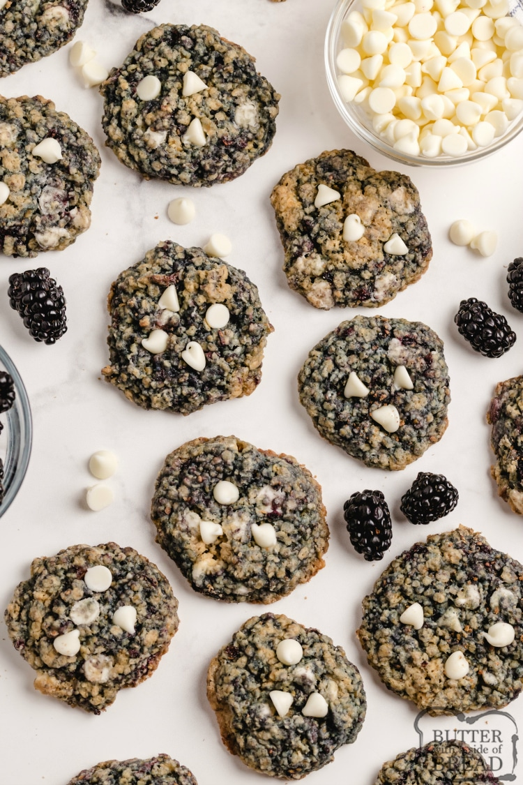 Blackberry Oatmeal Cookies are delicious! Adding fresh blackberries to a soft and chewy oatmeal cookie recipe takes these cookies to the next level!