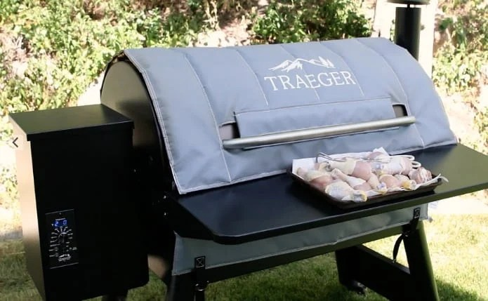 How to cook chicken legs on a Traeger smoker