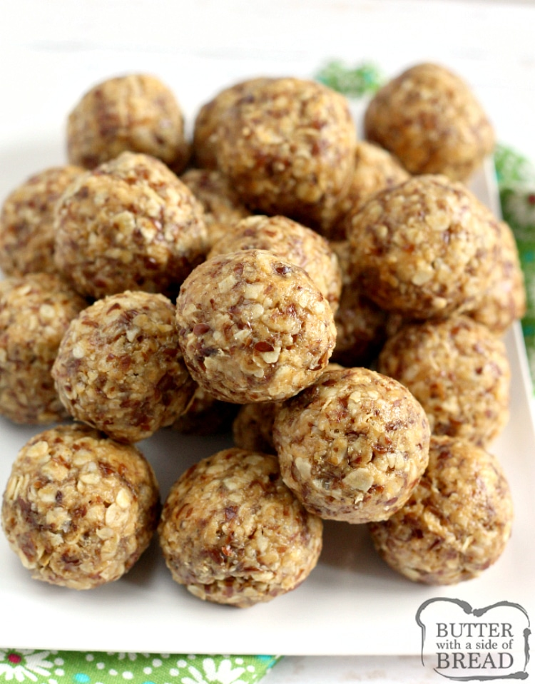 Oatmeal Peanut Butter Protein Balls are made with oats, peanut butter, honey, flaxseed, Rice Krispies, coconut oil and vanilla. These are healthy, filling and the best protein ball recipe that I've ever tried!