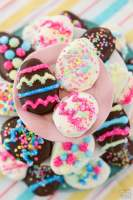 Chocolate Mint Easter Eggs recipe with just a handful of ingredients! Homemade York Peppermint Patties but BETTER, in the shape of darling Easter eggs. Simple soft, sweetened mint candy covered in chocolate for a delicious, easy Easter candy.
