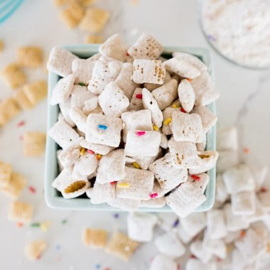 Funfetti Chex Mix is a sweet & crunchy, no bake cereal dessert that is loaded with that birthday cake flavor. With only 5 ingredients and about 5 minutes of work, this is you're new go-to Chex mix!