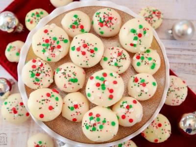 easy Christmas vanilla cake bites