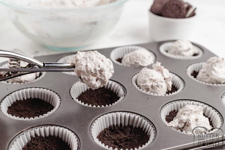 How to make Mini No Bake Oreo Cheesecakes