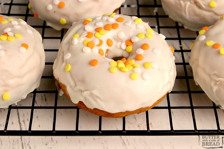 Easy pumpkin cake donuts