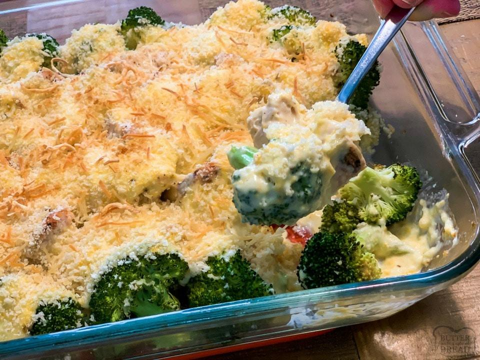 Easy Cheesy Chicken Broccoli Casserole family favorite recipe