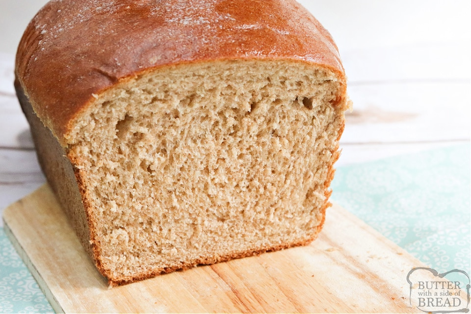 Homemade bread recipe made with white flour and wheat flour