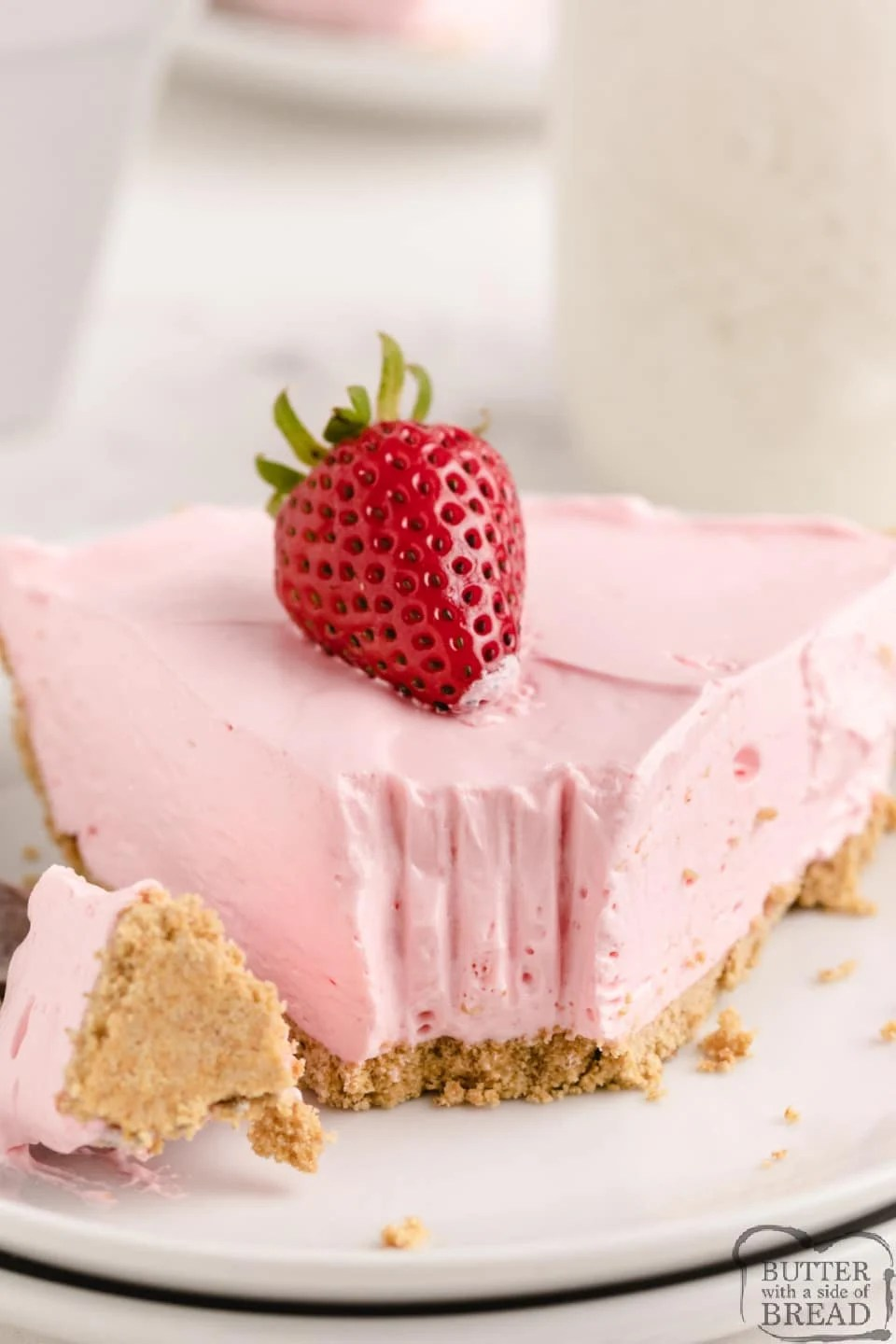 No Bake Kool Aid Pie made with only 4 ingredients and can be made in any flavor you want! Refreshing no bake dessert recipe that is sweet and delicious and so easy to make!