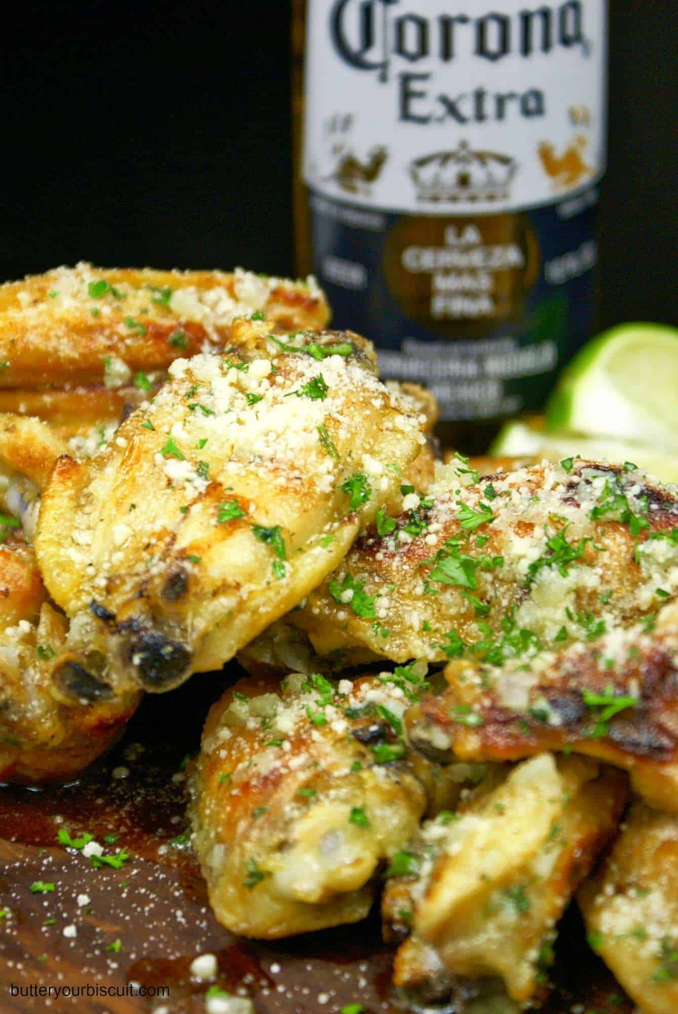 Crispy Baked Garlic Parmesan Chicken Wings - Butter Your ...