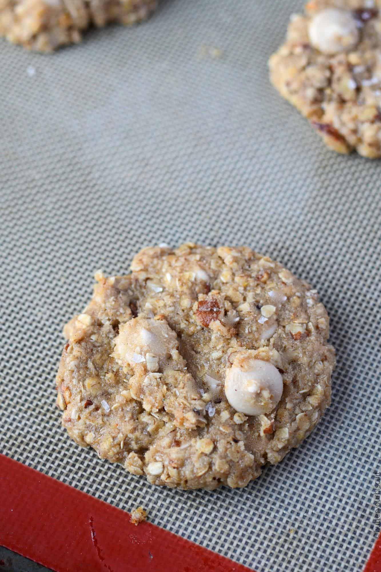 Caramel Pecan Oatmeal cookie raw dough