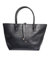 H&M: Black handbag