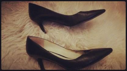 Black leather pumps 2