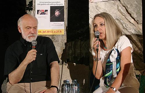 Trg pjesnika - Dimitrije Popovic i Bozena Jelusic
