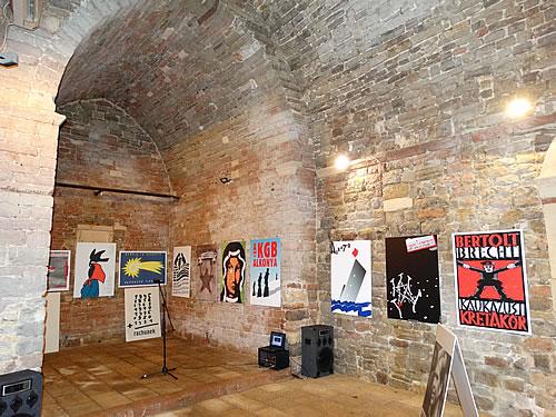 Budva - Izlozba plakata Visegradska karma - 2