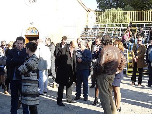 Posjetioci ispred crkve Santa Maria - 3