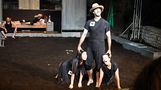 Predstava Zivotinjska farma - 10