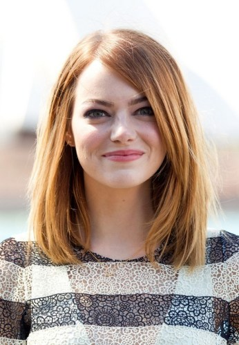 Emma-Stone-Long-Bob-Hairstyle-for-Round-Faces