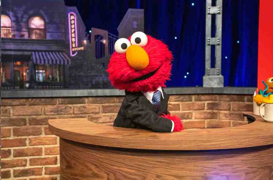 The Not Too Late Show With Elmo Cover