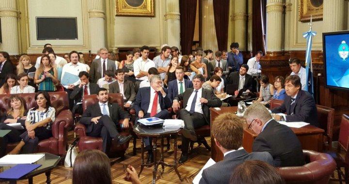 A la carga para recuperar el Fondo Sojero: la oposición busca eliminar el DNU de Macri