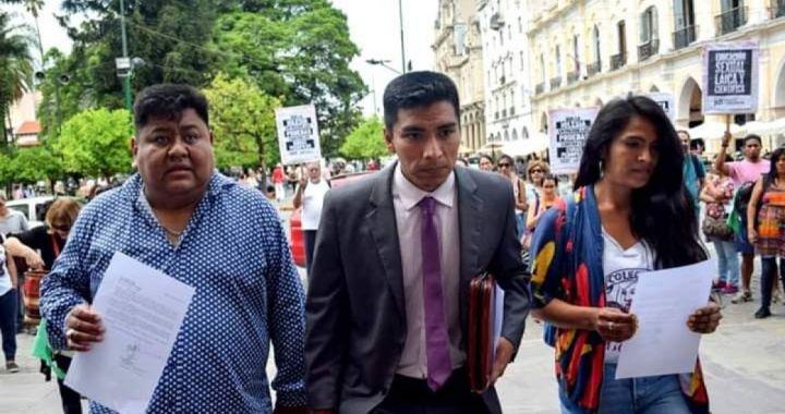 Polémica por decisión de Juez que dejó libre al cura Aguilera, acusado de 3 hechos de abuso sexual