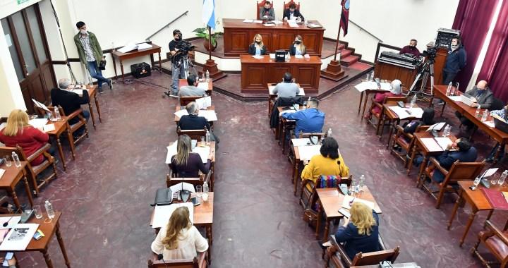 Por las esquivas del Ejecutivo, el Concejo subió multas para quienes no respondan informes