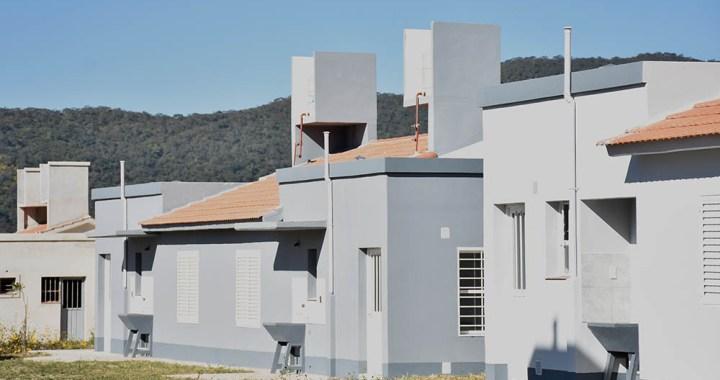 El Gobierno entregará viviendas en Pereyra Rozas