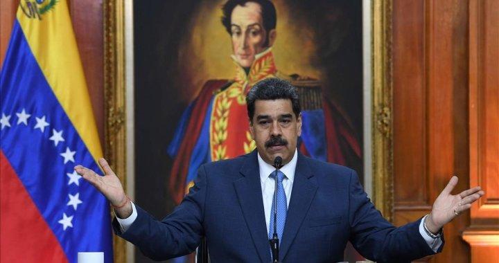 """Maduro indulta opositores para favorecer """"participación electoral"""" en Venezuela"""