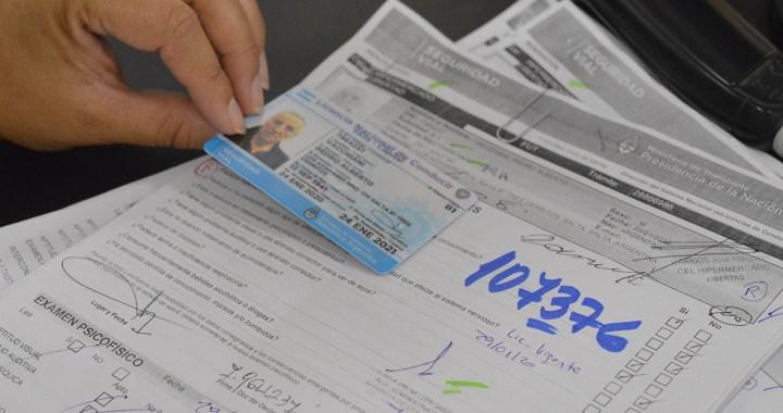 Prorrogan por un año el vencimiento de las licencias de conducir