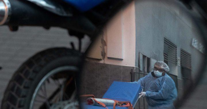 Ante el avance de la segunda ola, habilitarán más camas en hospitales de Capital