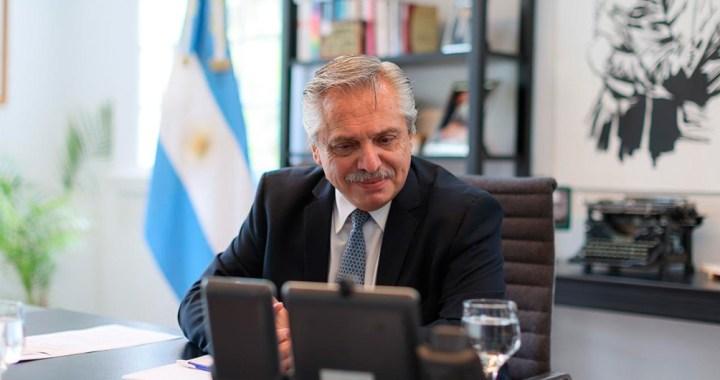 Fernández habló con Putin sobre el suministro de vacunas anticovid