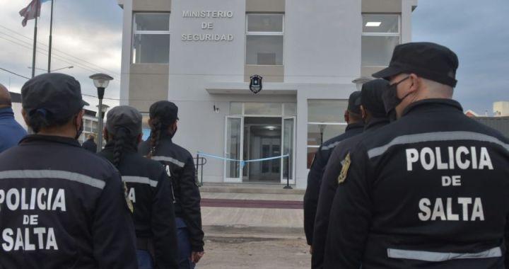 No fueron las hormigas: Sáenz inauguró una comisaría en El Huaico