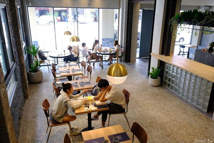 20210516193458 74 - 老宅、花窗、空間美,法希諾咖啡有蓬鬆舒芙蕾的迷人蛋香~