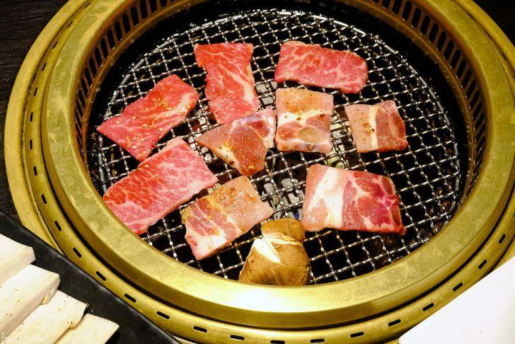 20210929185958 62 - 黑色風格燒肉店,Nikuniku 肉肉燒肉,豪華套餐品嚐極上牛小排、翼板牛小排