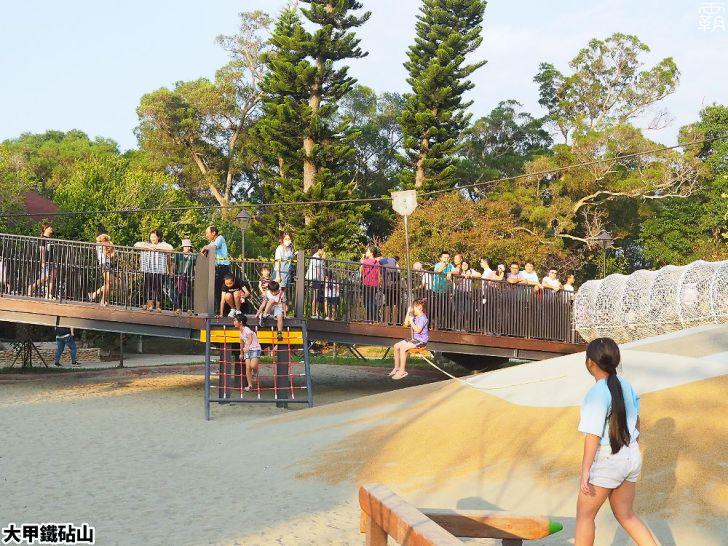 PA040150 01 - 雕塑公園新增溜滑梯、沙坑、爬網等設施,假日時刻家長們溜小孩的好去處~