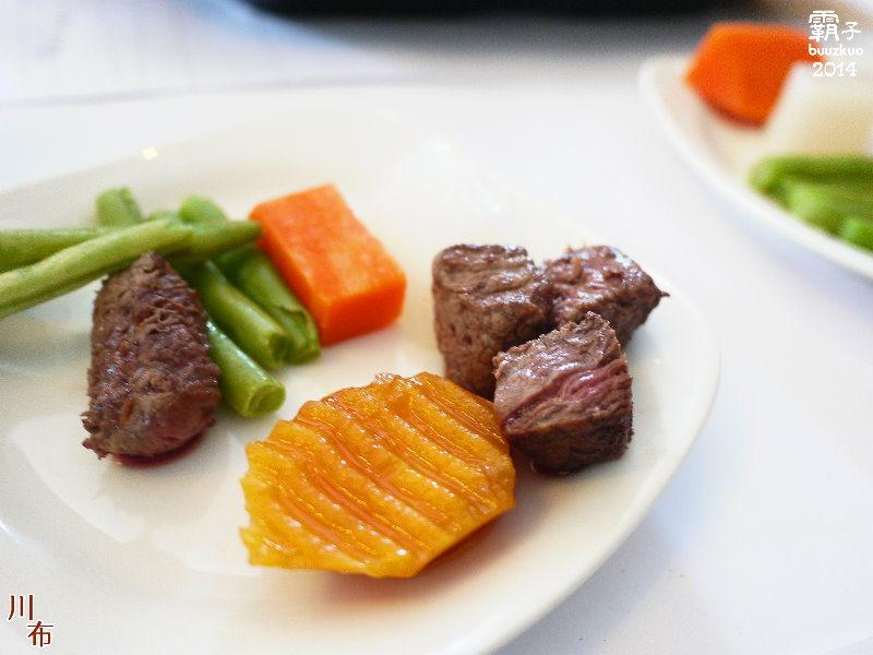 川布時尚主題餐廳,400度高溫的岩燒樂趣結合蜜糖吐司的雙人下午茶套餐!!!