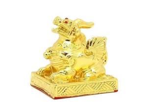 Auspicious Golden Pi Xiu for Good Fortune