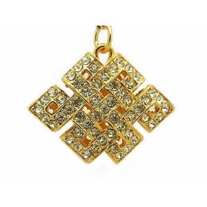 Bejewelled Mystic Knot Amulet1