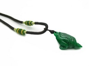 Jade Money Frog Pendant With Necklace1