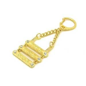 OM AH HUM Three Gold Bars Amulet1