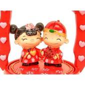 Sweet Wedding Couple on Traditional Chinese Wedding Box1
